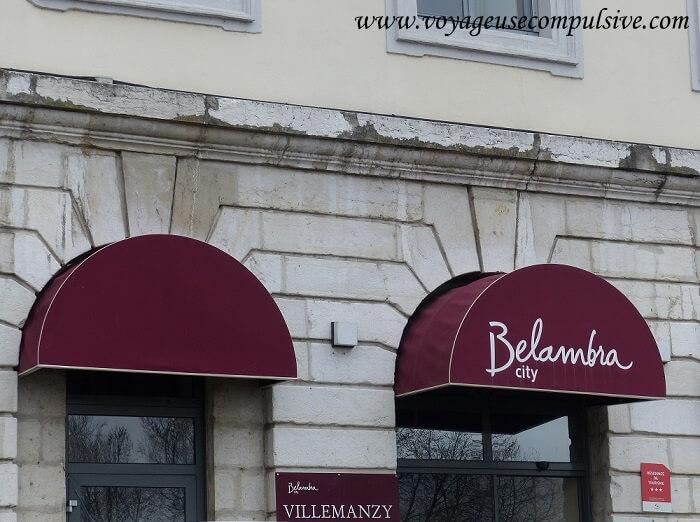 L'entrée de la résidence Villemanzy dans le quartier de la Croix-Rousse à Lyon.
