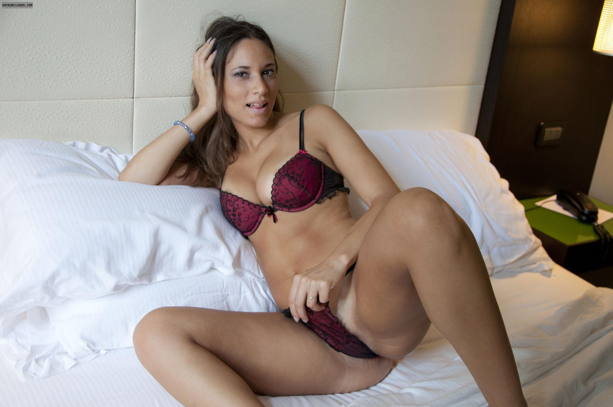 Sexy Nude Italian Girl Pics Loving Teasing  Erotic