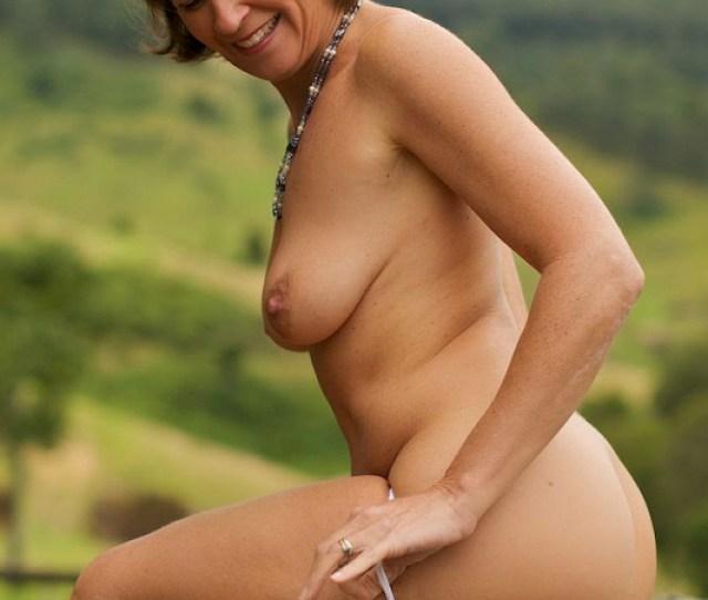 Nude Wife Outdoor Vanessavanessa