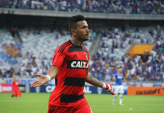 Em pleno Mineirão, Sport vence Cruzeiro e sai da zona de rebaixamento do Brasileirão