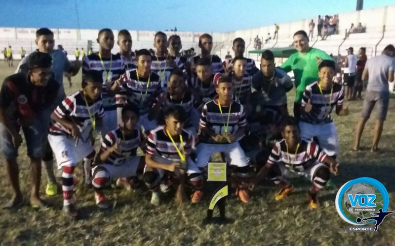 Santa Cruz vence Escolinha do Cobra e conquista Copa Talentos categoria Sub-15