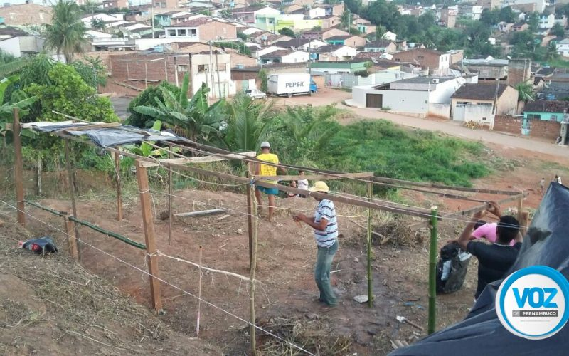 Área verde no Loteamento Santana em Carpina é invadida