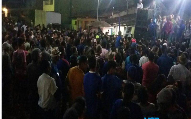 """""""A família Botafogo não está rachada"""" afirma Botafogo"""