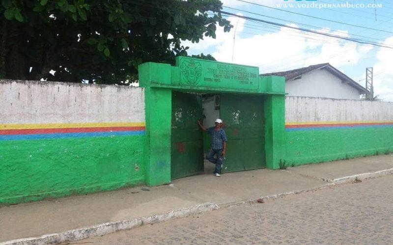 Carpina: Escola Maria Anunciada no Bairro Novo foi alvo de mais um arrombamento