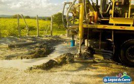 Em parceria com o Governo do estado, Prefeitura de Lagoa do Carro inicia perfuração de poços na zona rural