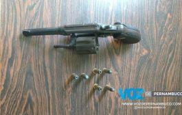 Jovem é detido por assalto à mão armada em Lagoa de Itaenga