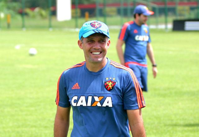 Sport anuncia Eduardo Baptista como novo treinador da equipe
