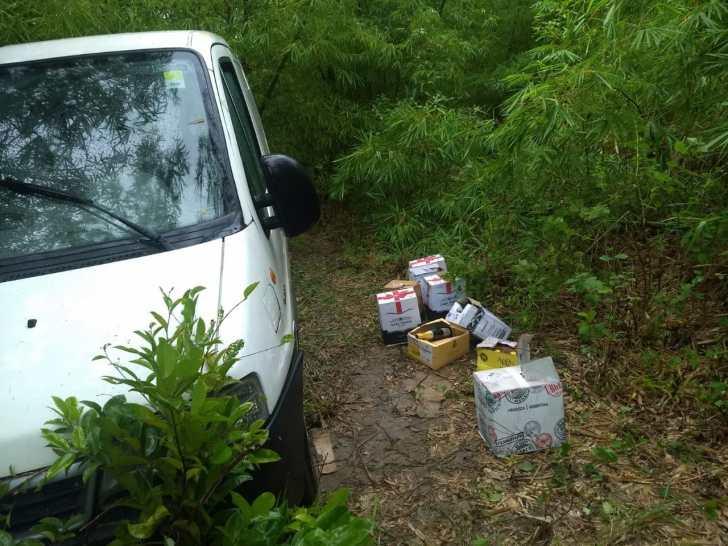 Resultado de imagem para Carro roubado no Recife com carga de vinhos é recuperado em Goiana