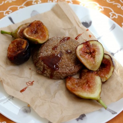 Jammy Figs and Ginger Cookies - VRAI Magazine