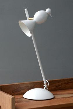 lampe de bureau blanche design pied orientable forme alouette orientable metal blanc