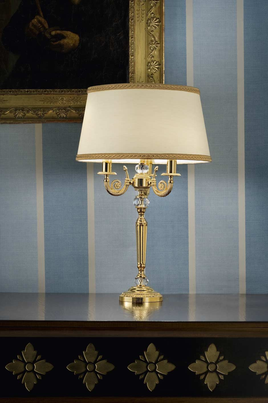 Gold Plated Metal Table Lamp With Crystal Details