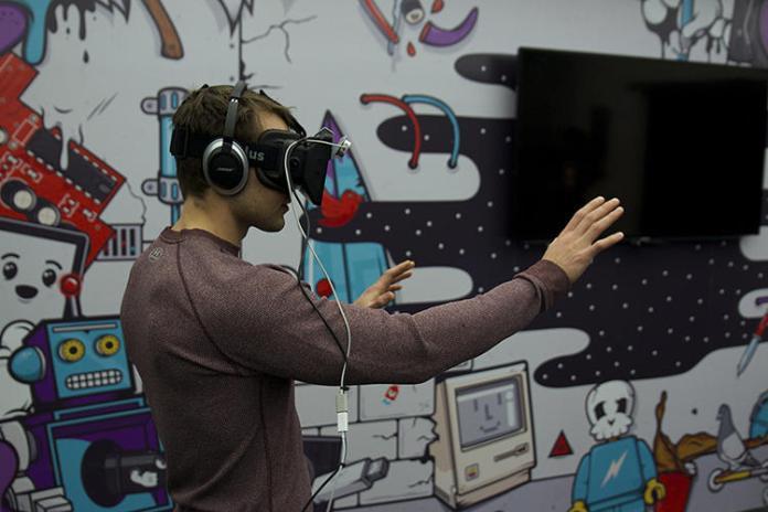 VR-mobile-app-developer