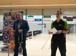 Prijzensponsor HaarmanB ICT en toernooileider Wouter Emmens