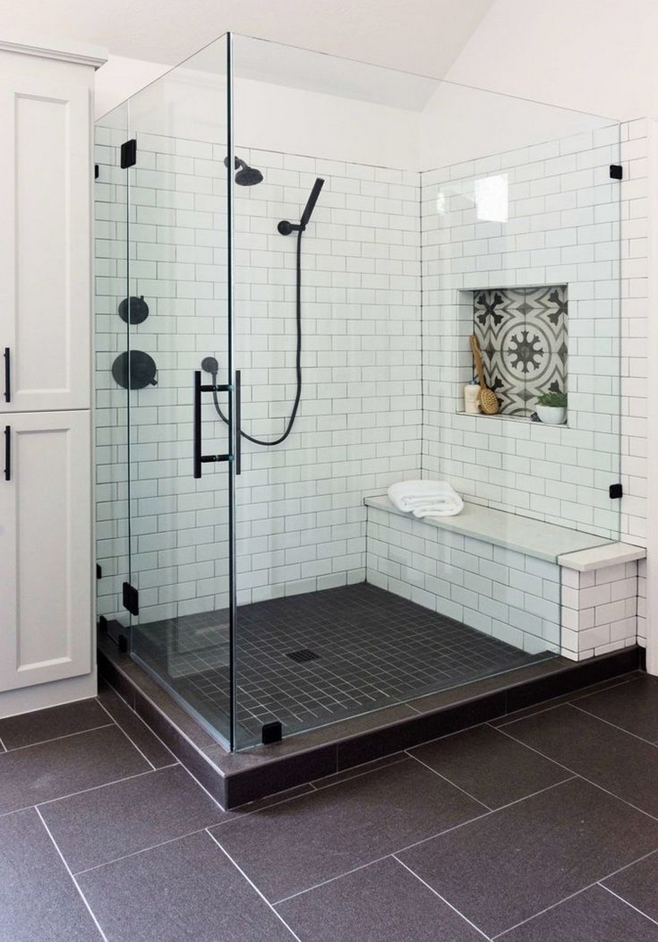 Permalink to ✔️ 31 Awesome Small Bathroom Tile Ideas