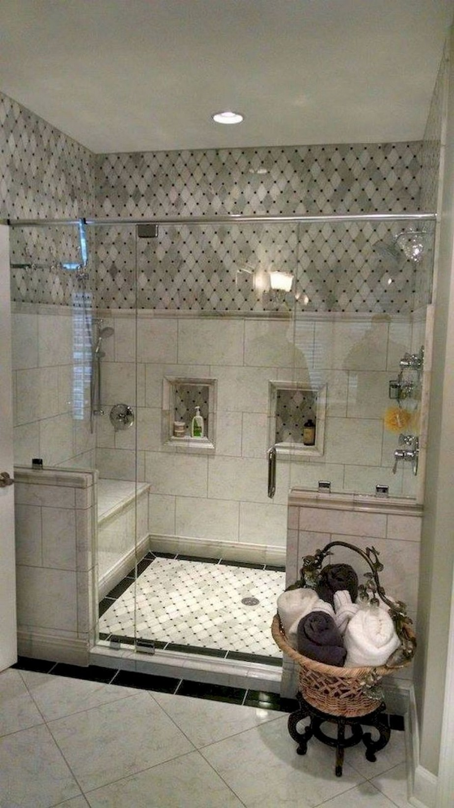 ✔️ 31 awesome small bathroom tile ideas 5