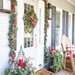 79 Beautiful Farmhouse Front Porches Decorating Ideas-3987