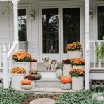 79 Beautiful Farmhouse Front Porches Decorating Ideas-4022