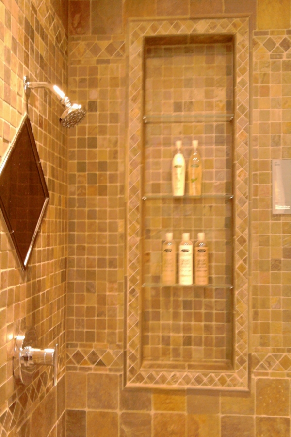 99 Beautiful Bathroom Shower Decoration - Look at them-3669