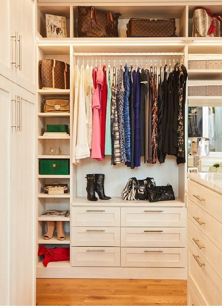 90 Modern Master Closet Models That Inspire Your Home Decor 7