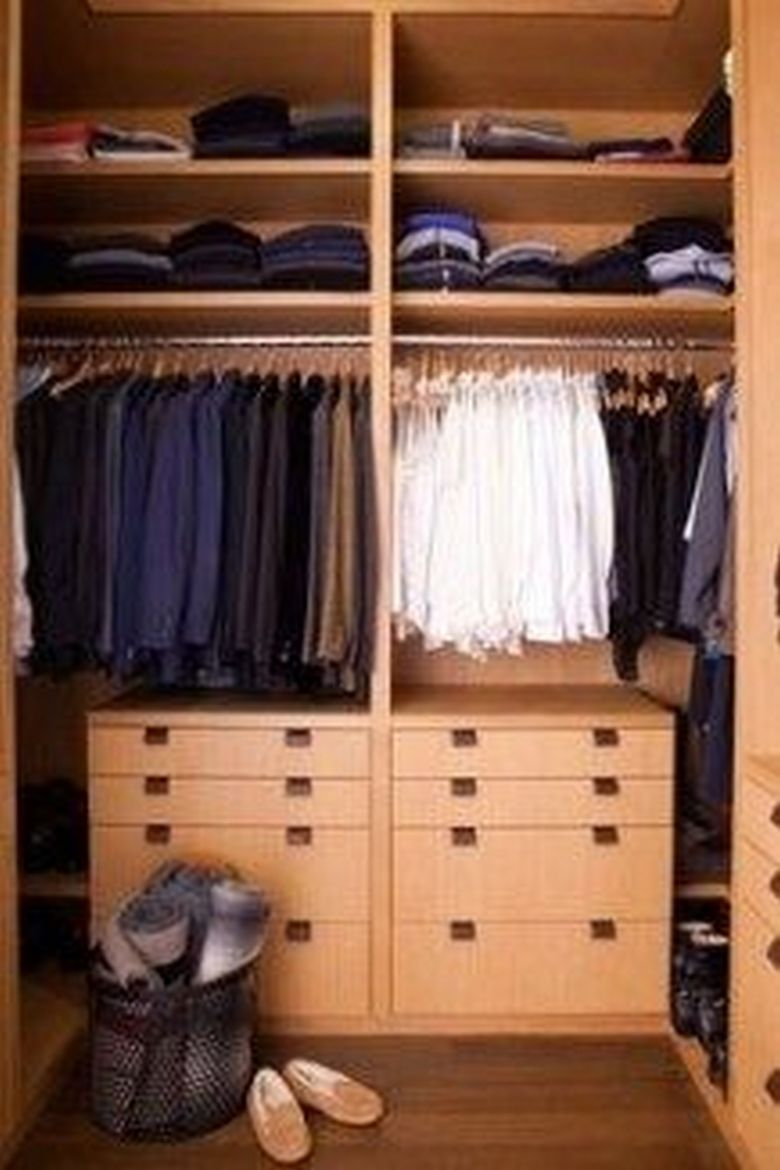 90 Modern Master Closet Models That Inspire Your Home Decor 76