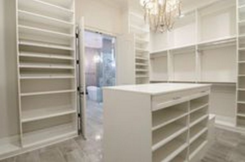 90 Modern Master Closet Models That Inspire Your Home Decor 79