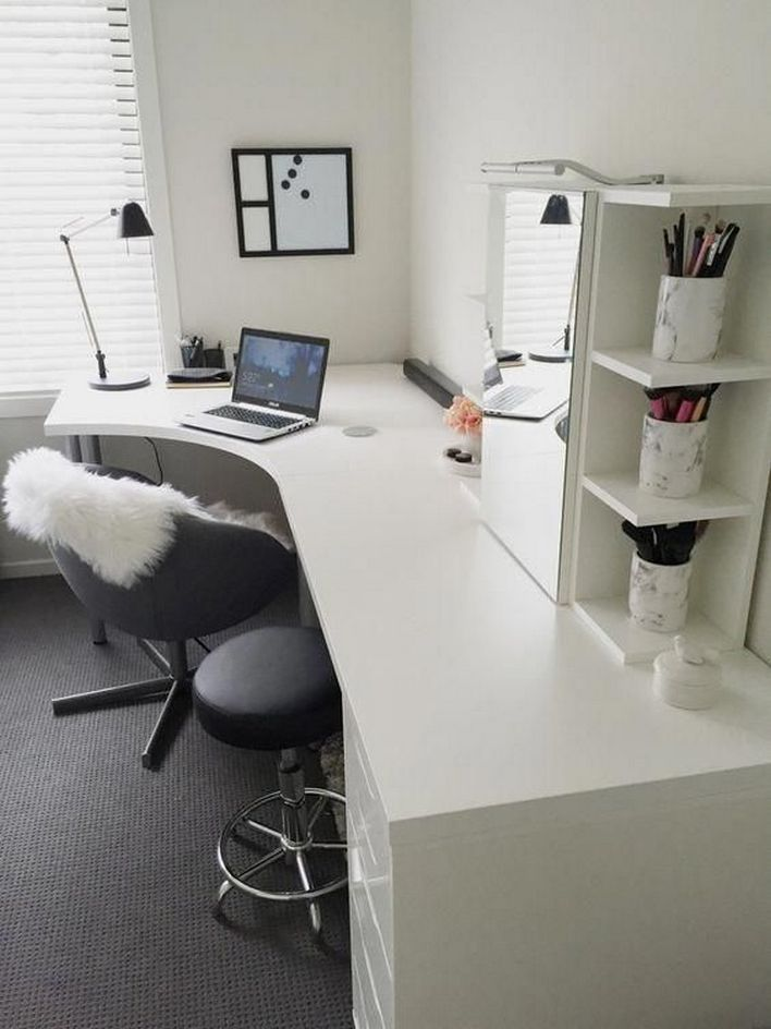 96 Modern Home Office Design Looks Elegant 33
