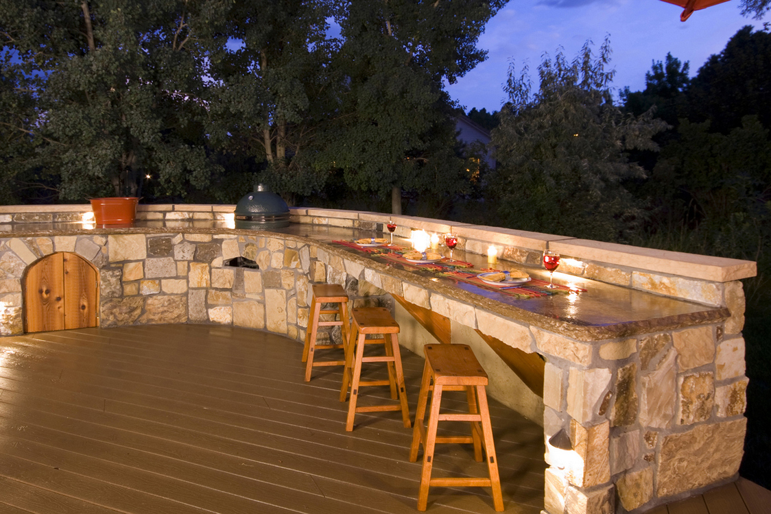 7 Tips Simple For Choosing The Perfect Outdoor Kitchen Grills 4