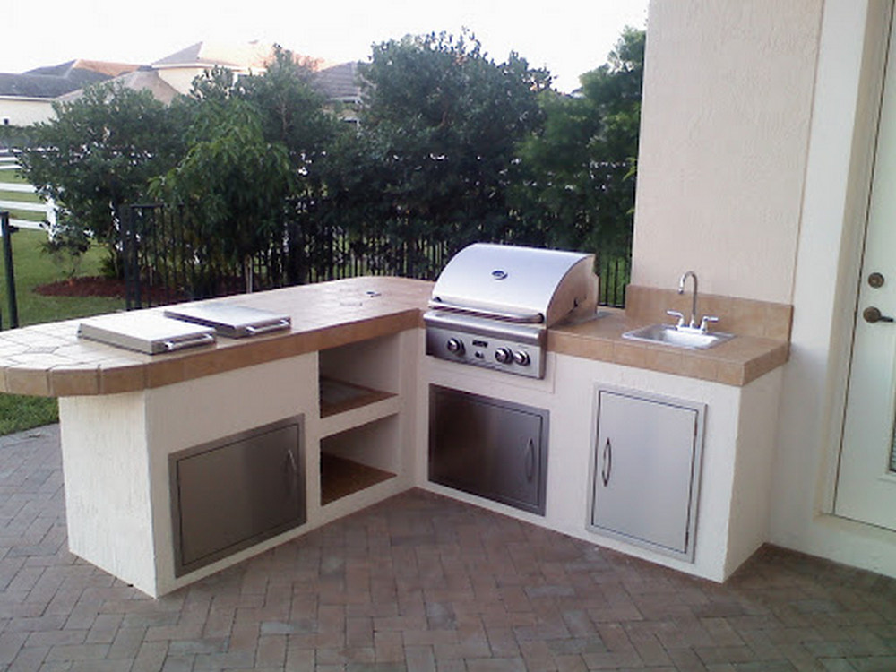 7 Tips Simple For Choosing The Perfect Outdoor Kitchen Grills 69
