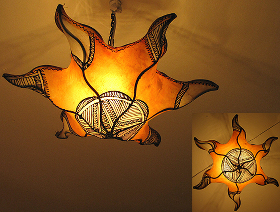 Breathtakingly Beautiful Moroccan Henna Lamps 30