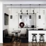 Tips For Creating Beautiful Black Or White Retro Themed Kitchens 32
