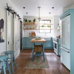Tips For Creating Beautiful Black Or White Retro Themed Kitchens 58