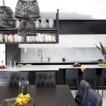 Tips For Creating Beautiful Black Or White Retro Themed Kitchens 6