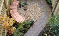 91 Small Backyard Landscape Decoration Models Are Simple And Look Creative 77
