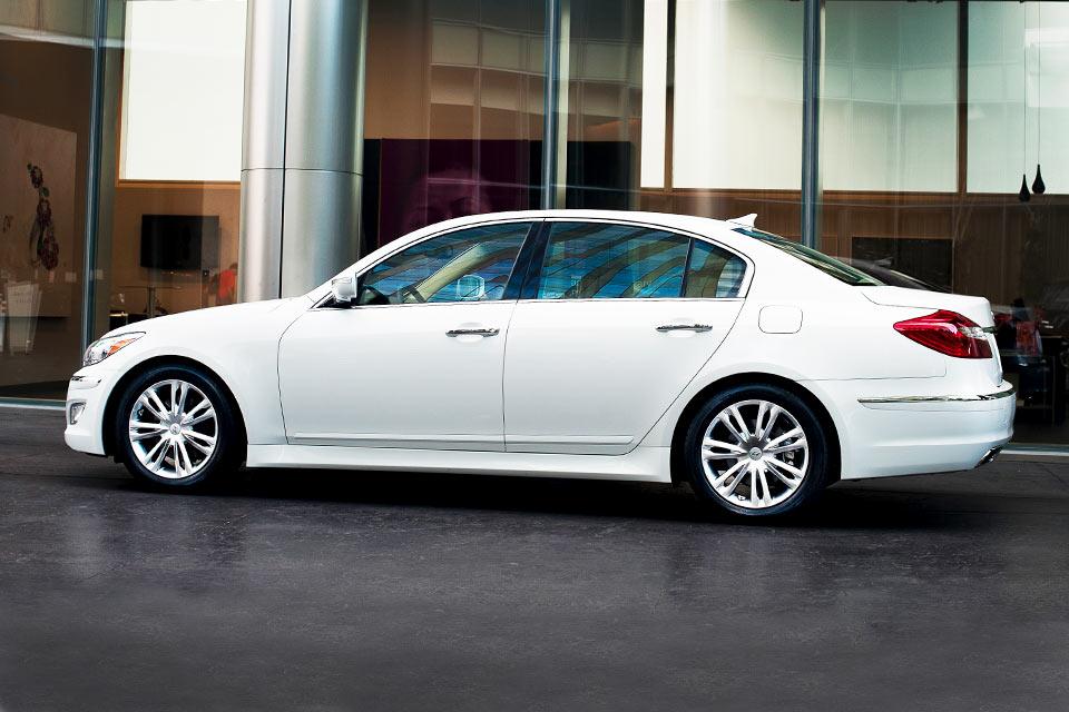 Power steering, windows, and locks. 2013 Hyundai Genesis 3 8 Review Best Car Site For Women Vroomgirls