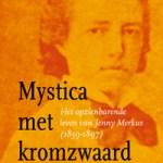 Mystica met kromzwaard