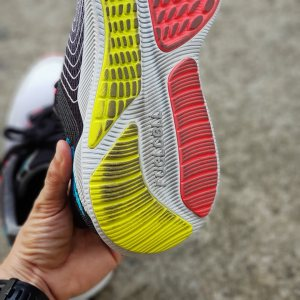 New Balance Fuelcell 8