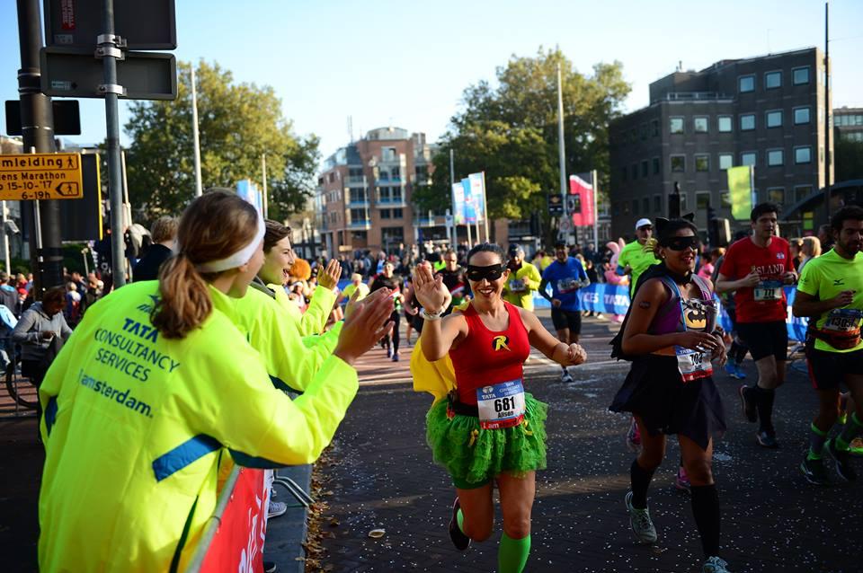 วิ่งรอบโลก : งานแข่งวิ่ง Amsterdam Marathon – ฮอลแลนด์