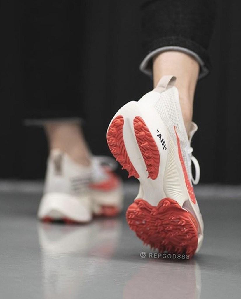 Off-White x Nike Air Zoom Tempo NEXT% สีเบจ มาใหม่อีกแล้ว!