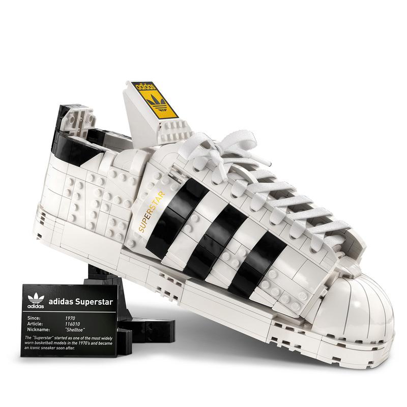 รองเท้าผ้าใบอาดิดาส ออริจินอลส์ รุ่นเลโก้ ซุปเปอร์สตาร์