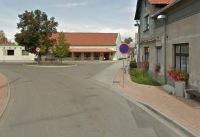 jak vidí náves Všestud Google Street View?