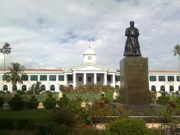 Kerala_Government_Secretariat.jpg