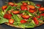 Клубника, спаржа, шпинат и грецкие орехи