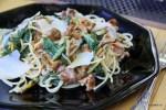 Спагетти с мангольдом и лисичками