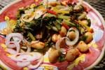 Салат из белой фасоли с мангольдом