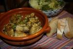 Курица по-испански с чесноком