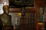 В кафе Тортони бывали многие знаменитые люди, в том числе Хорхе Луис Борхес