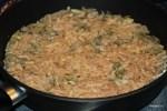 Выкладываем лепешку толщиной 2,5 см  на сковороду