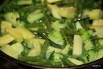 Бланшированные овощи обжариваем