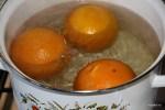 Варим апельсины, пока не станут мягкими