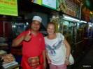 Владелец этого уличного заведения на острове Пинанг гордится тем, что среди его посетителей был Энтони Бурден